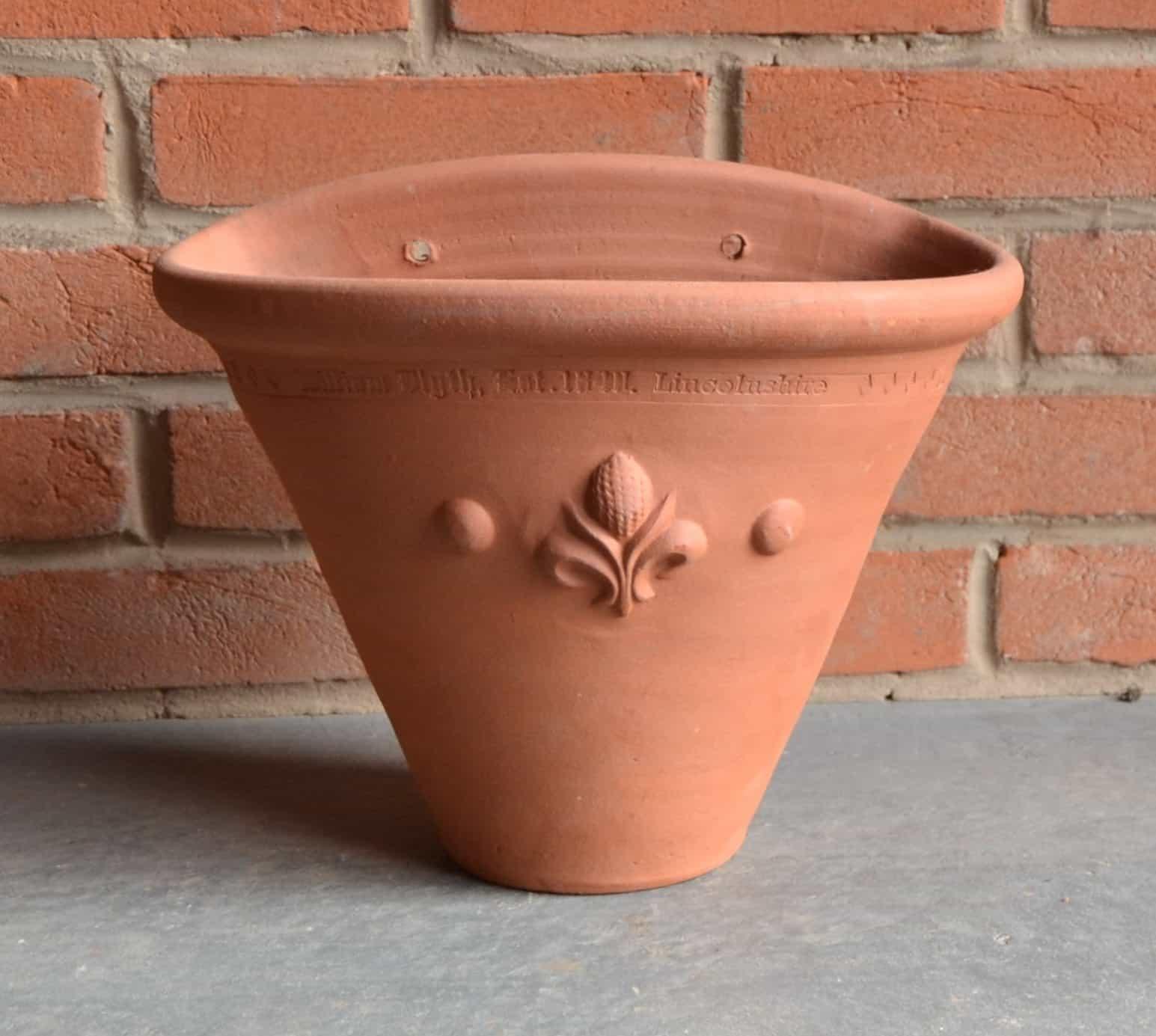 Single Wall Pot with Fleur de Lys